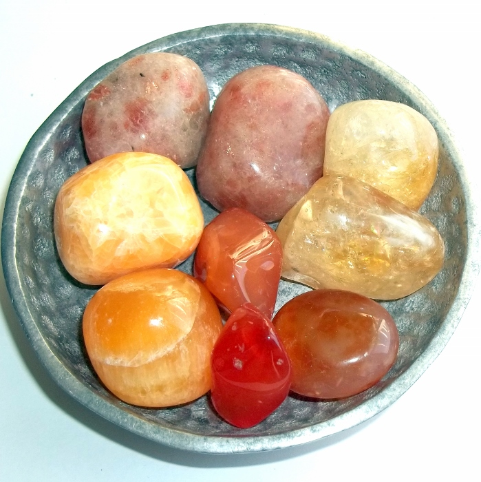 earthegy, gemstones, working with gemstones, working with crystals, ways to use crystals